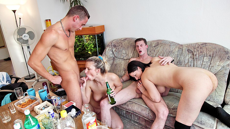 Naked carmen alektra